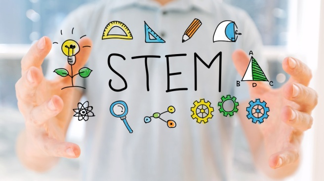 Educația STEM, pregătire practică pentru meseriile viitorului